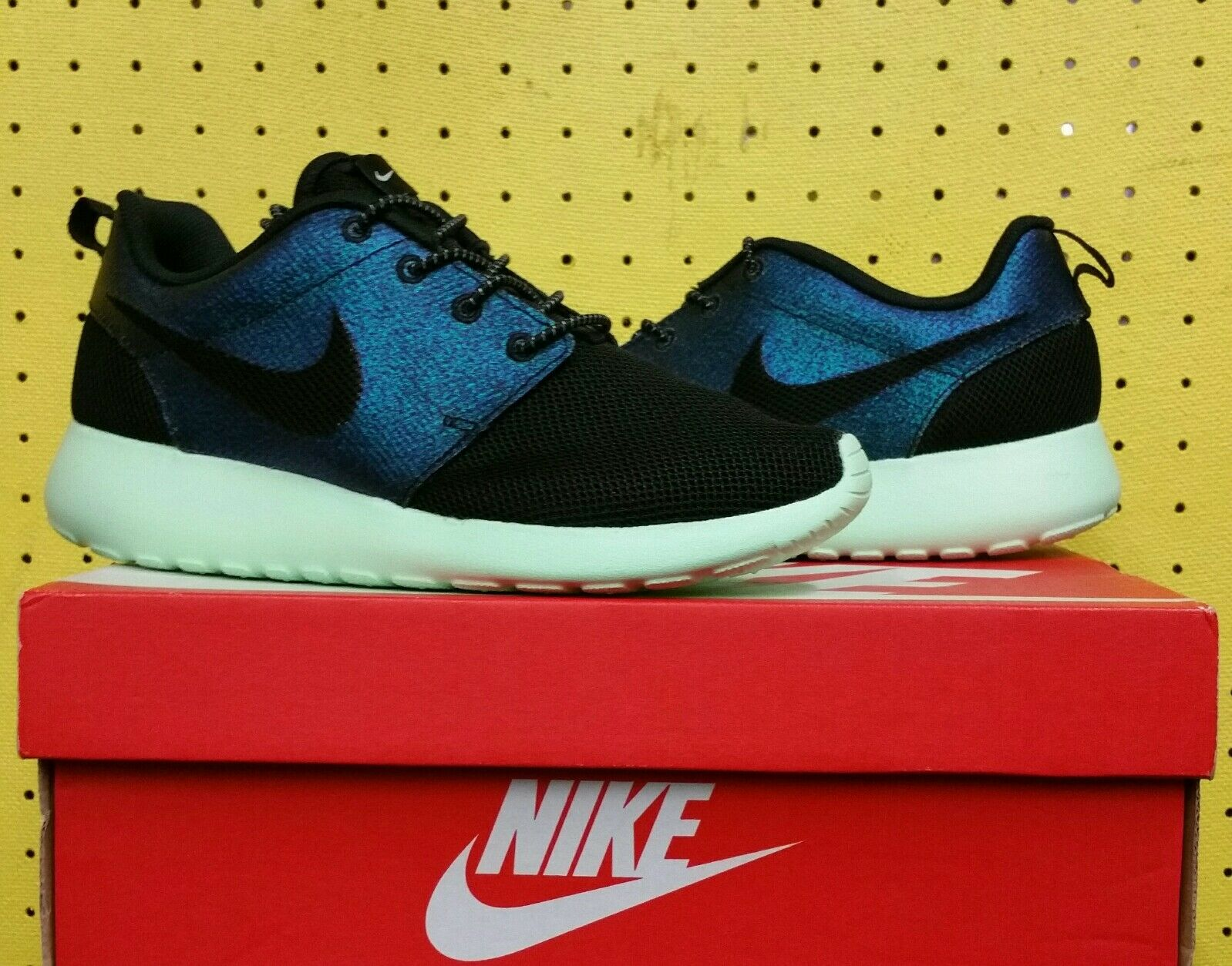 NEW Womens Nike Roshe Teal One WWC QS Shoes Teal Roshe Vapor Green Sz 5.5 808708 303 Run 704e88