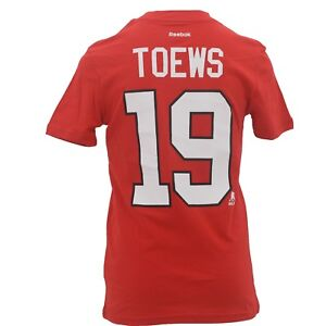 Chicago-Blackhawks-NHL-Jonathan-Toews-Kids-Youth-Size-official-T-Shirt-New-Tags