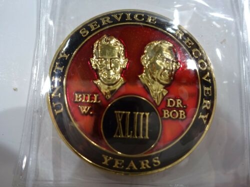 AA Bill/&Bob Red Gold 43 Year Coin Tri-Plate Alcoholics Anonymous Medallion+Stand