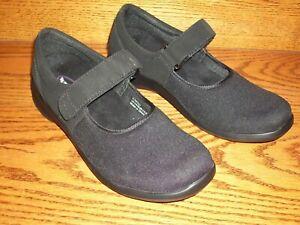 Size 8M Black Cloth Mary Janes