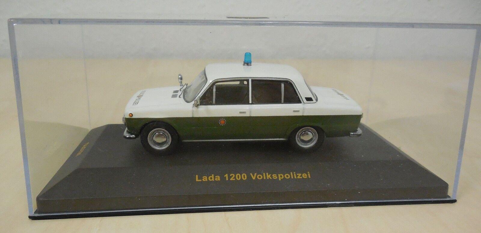 Lada 1200 Volkspolizei 1 43 IXO IXO IXO OVP VoPo-Lada von