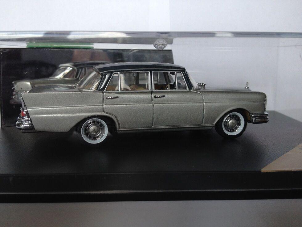 1 43 Vitesse 047C Mercedes 220SE 1959