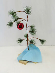 Charlie Brown Christmas Tree Image.Details About Charlie Brown Christmas Tree With Linus S Blanket And Red Ornament
