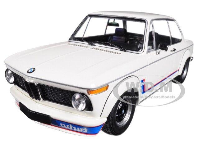 1973 bmw 2002 turbo weißen w   streifen 1   18 ein diecast modell von minichamps 155026200