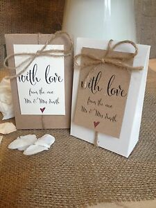 10 Vintage Wedding Party Favour Bo With Personalised Tags