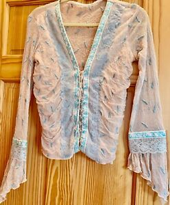 Vintage-Designer-blouse-with-intricate-detail-boho-style-embroidered-lace-80-039-s