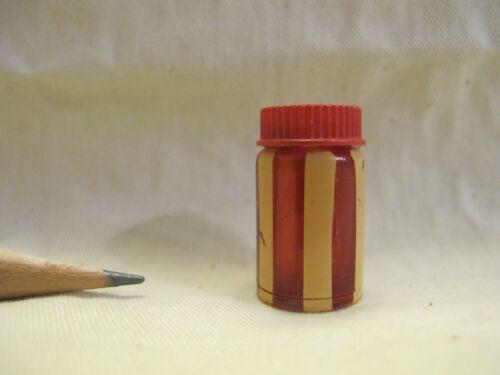 U088 Dollhouse Red Stripe Food Bottle Container Kitchen Tableware Miniature 1:12