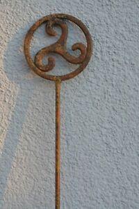 Keltischer Garten Stab Triskele Keltenstab Eisen antik Gartenstab