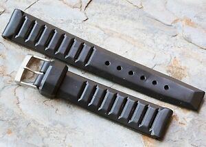 Special-deal-on-Swiss-Made-slotted-18mm-rubber-1960s-70-diver-watch-band-vintage