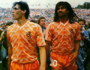 MARCO VAN BASTEN amp RUUD GULLIT  HOLLAND  10X8 PHOTO - <span itemprop=availableAtOrFrom>Witham, Essex, United Kingdom</span> - MARCO VAN BASTEN amp RUUD GULLIT  HOLLAND  10X8 PHOTO - Witham, Essex, United Kingdom
