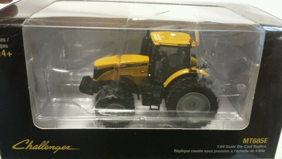 NEW 1 64 Agco Challenger MT685E tractor, highly detailed Spec Cast, NICE