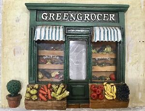 Dollhouse Miniature Diorama Room Box Shop Front Old