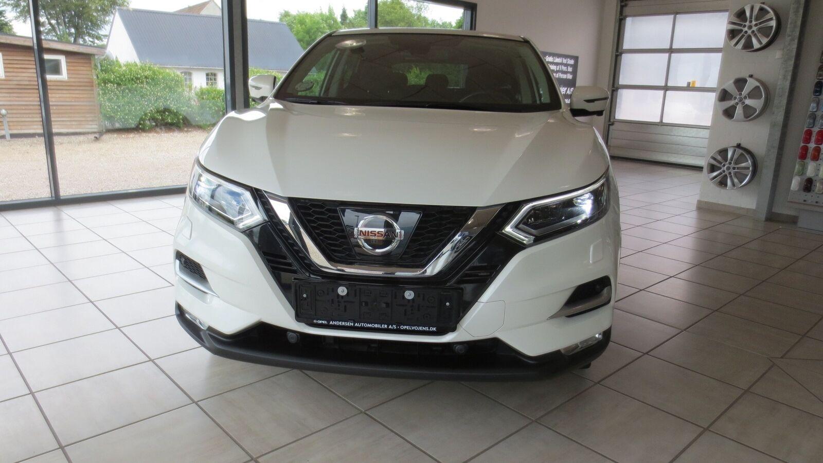 Nissan Qashqai 1,6 Dig-T 163 N-Connecta 5d - 214.900 kr.
