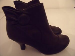 cd0e66bebe6 Details about Womens Mudd Aliso Size 6 1/2 M Dark Brown Ankle Boots