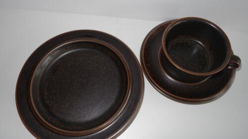 1 x Arabia Ruska Tee Set Teller Tasse Untertasse 70er vintage Keramik braun