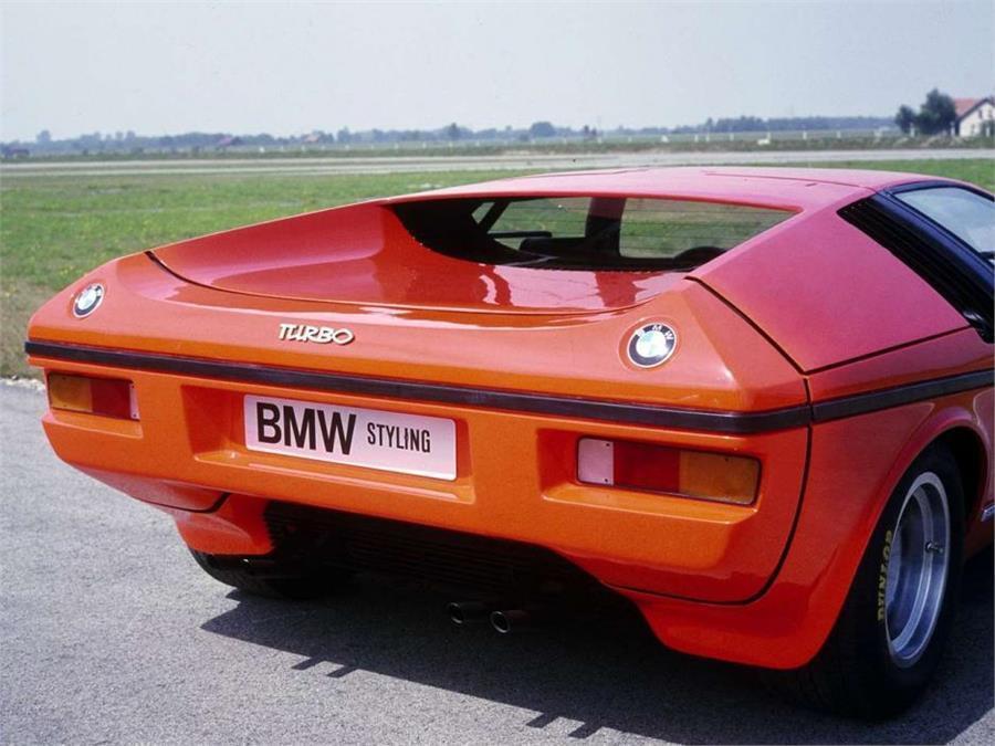 1972 BMW Turbo en Orange Metálico Resina Modello en 1 18 Escala por Schuco