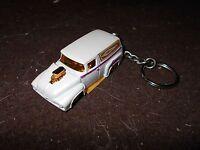 1956 Ford Sedan Delivery Diecast Model Toy Keychain Keyring White Hot Rod