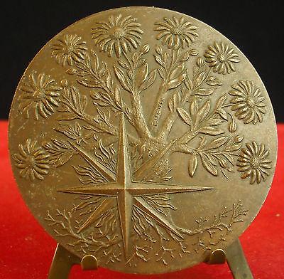 * Medalla 1979 Eje Flores Tree Flowers Por Lee Medal