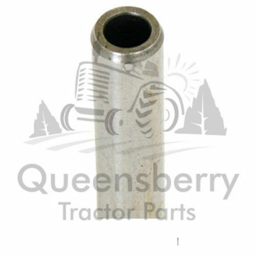 Massey Ferguson 35 35x 135 65 Fordson Dexta inlet and exhaust valve guide