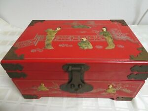 Vintage-Red-Lacquer-Mother-of-Pearl-Chinese-Oriental-Jewelry-Box