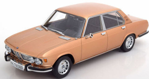 Bmw 2500 (e3) Gold 1,18 modell bos - modell