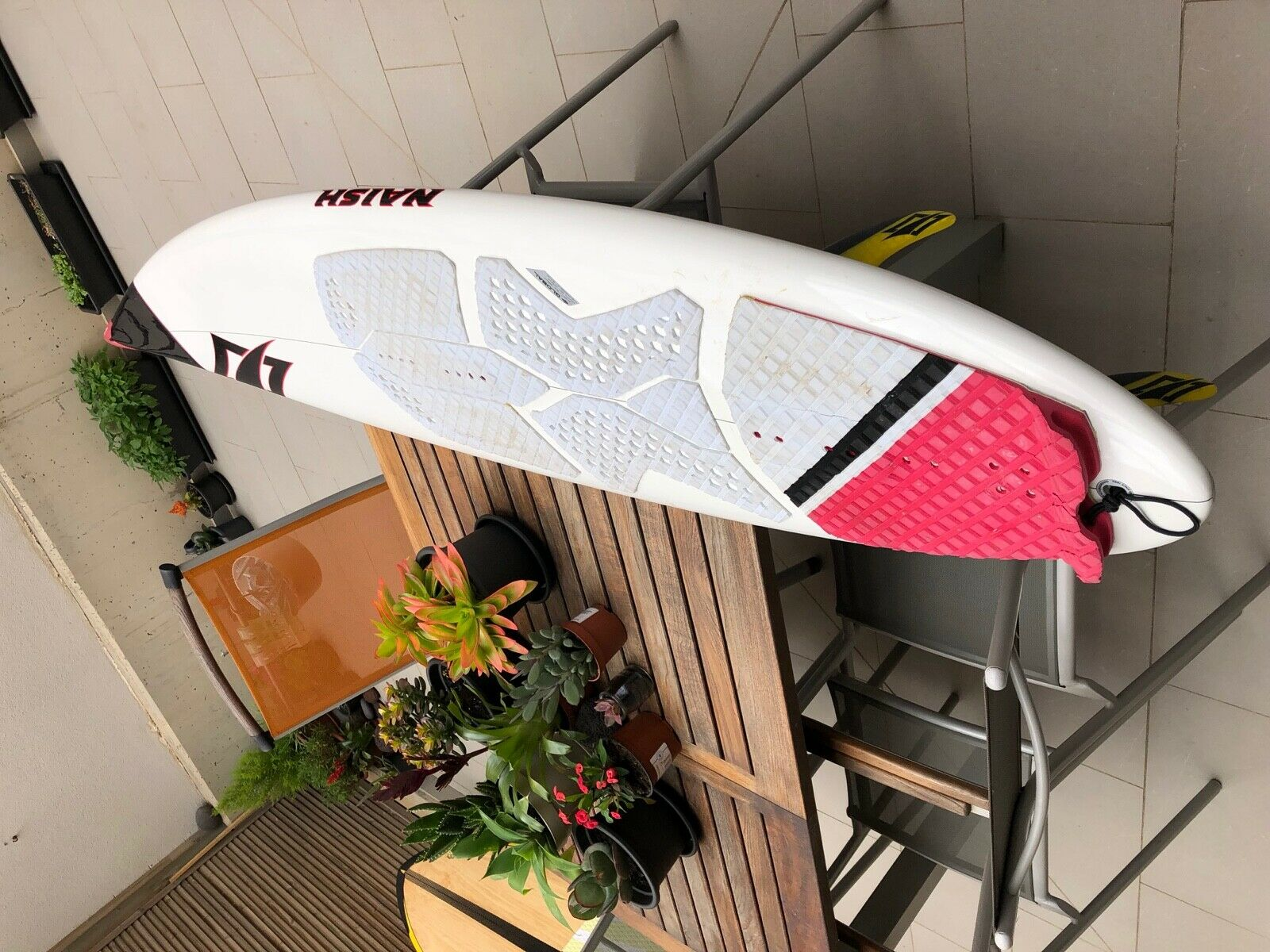 Naish Global Kite Surfboard Used, Size  6'2″ – W 18 3 4″ – T 2 1 4″