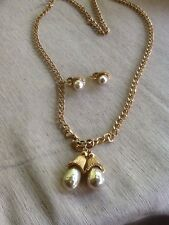Vintage Sarah Coventry Mushroom Faux Pearl Gold Tone Necklace/ Earrings