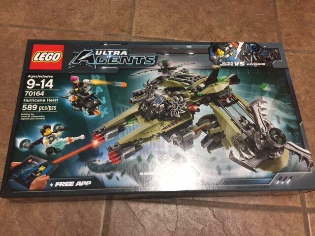 LEGO Agents 70164 Hurricane Heist 589  Pieces NEW Sealed Retirosso
