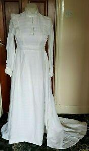 Vintage Ivoire Taille 38 (10?) Robe De Mariée Avec Train Et Broderie Anglaise Dentelle-afficher Le Titre D'origine