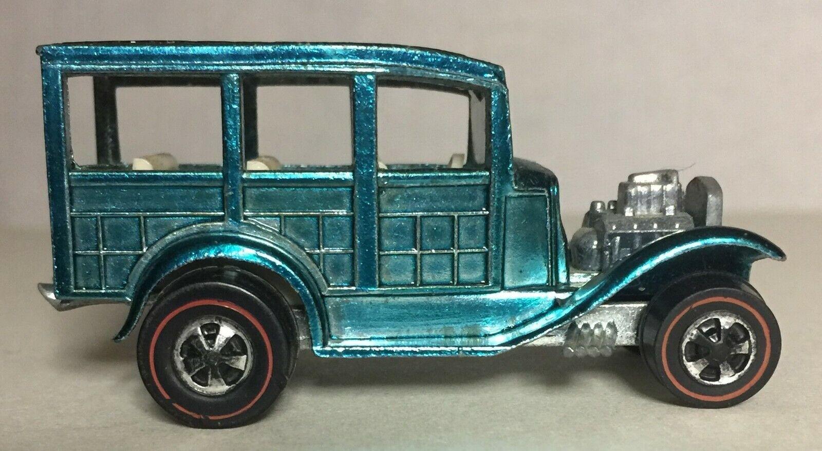 goditi il 50% di sconto Light blu classeic 31 Ford Woody rossoline 1969 Caliente Caliente Caliente Ruedas w  bianca Interior  6251  più ordine