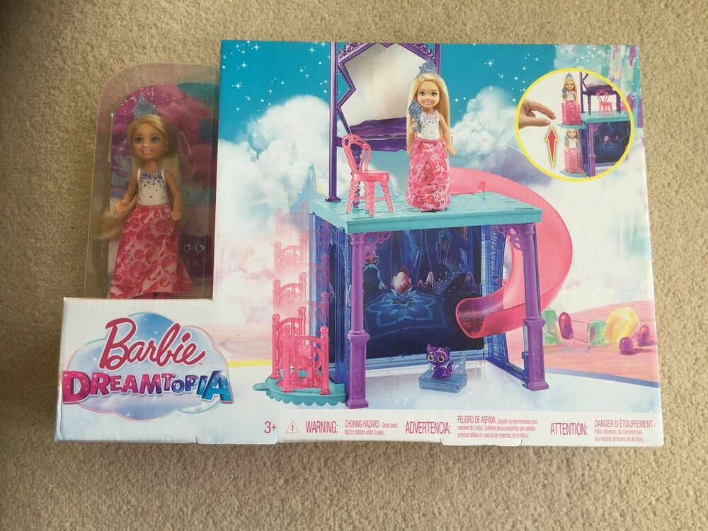 Liasse Barbie Chic Vêtements 3 tenues dans neuf dans sa boîte de l/'année 2003