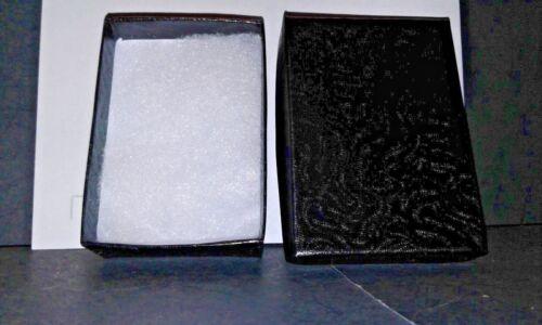 FREE GIFT BOX BETSEY JOHNSON  CRYSTAL /& ENAMEL BLACK HEART CHARM  NECKLACE