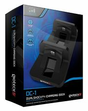 GIOTECK DC-1 DUALSHOCK 4 CHARGING DOCK for 2 PLAYSTATION 4 CONTROLLERS * PS4 NEW