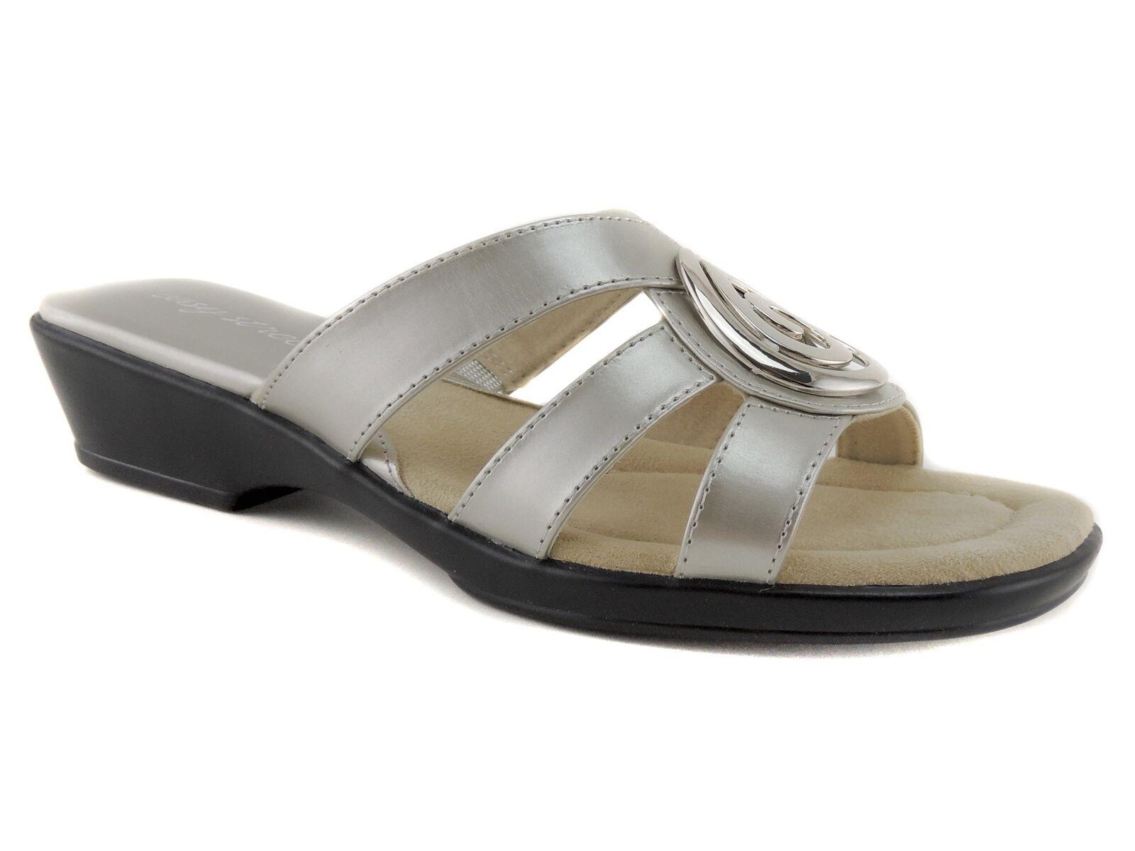 Easy Street Women's Swirl Slides Sandals Champagne Crinkled Patent Sz 8.5 M
