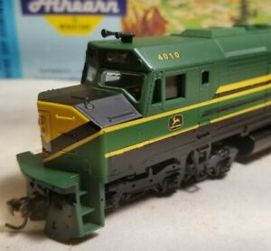 Athearn-John-Deere-f45-rtr-locomotive-train-engine-HO-powered-nos
