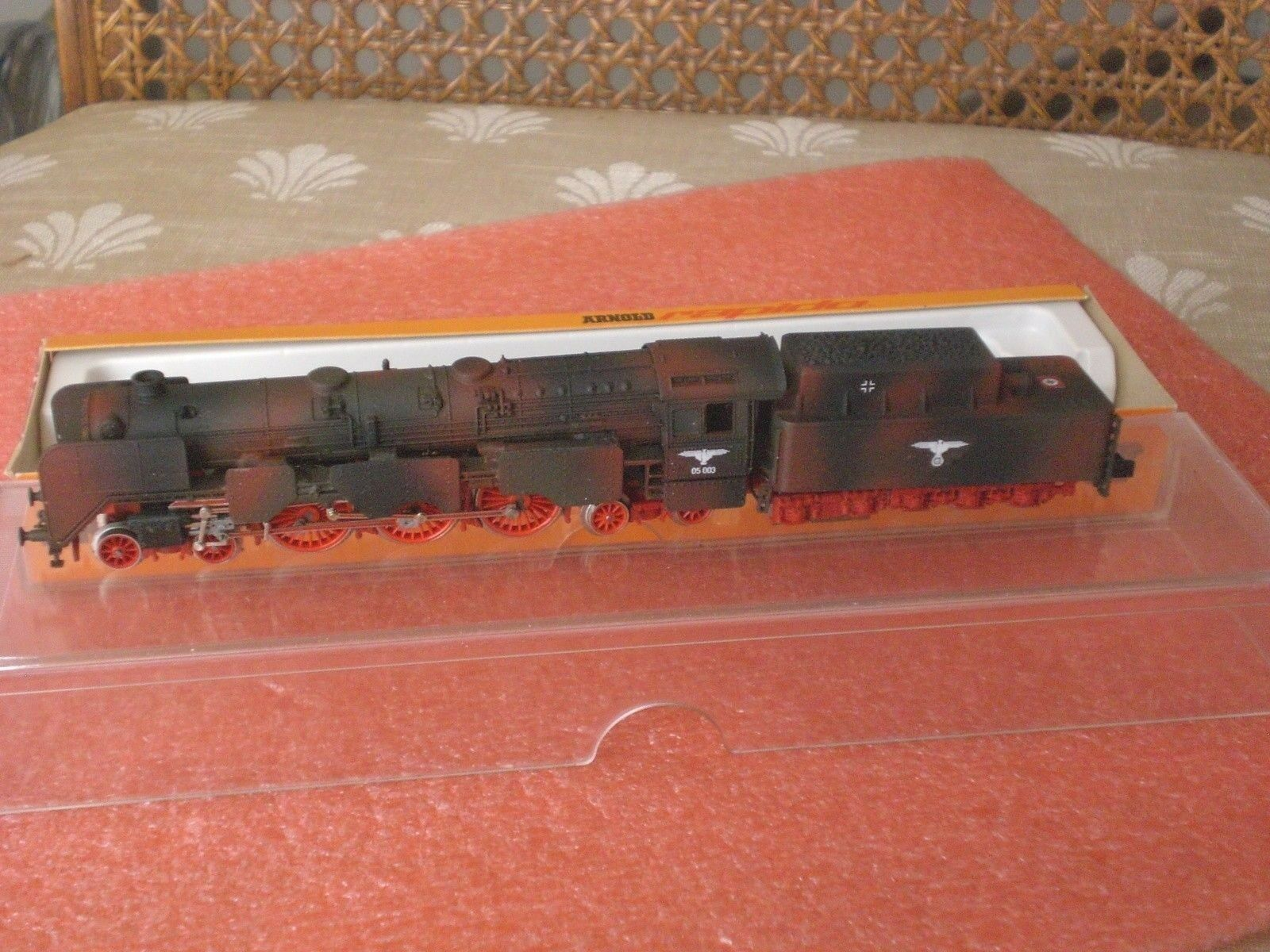 Arnold 4-6-2 Hand Painted Camouflage Steam Engine & 10 Wheel Tender N Scale