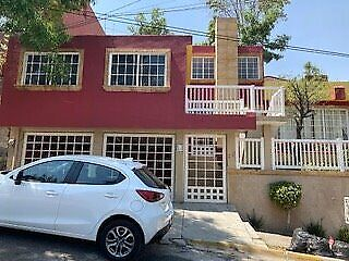Casa remodelada en venta en vista del valle naucalpan estado de méxico