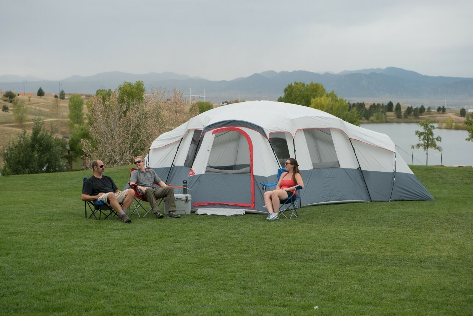 Cabin Tent 4-Room Ozark Trail 20-Person With 4 Separate Entrances Fits 6 Airbeds