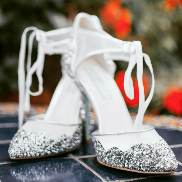 Betsey Johnson Stela argent heels Taille 8.5 new in box bridal argent