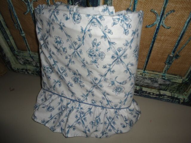 MARTHA STEWART RUFFLED BLUE FLORAL TRELLIS TOILE FULL FLAT SHEET 76 X 96 REPAIR