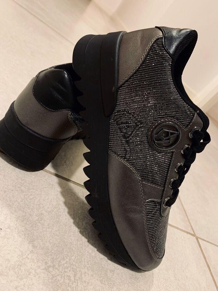 Sneakers, str. 35, Armani