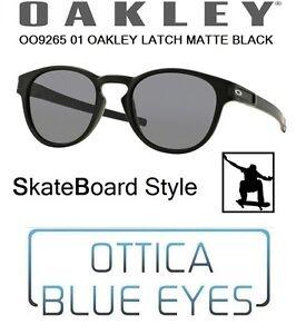 e8abb2fea7fc5 Caricamento dell immagine in corso Occhiali-Sole-OAKLEY-LATCH-9265 -01-SB-Skateboard-