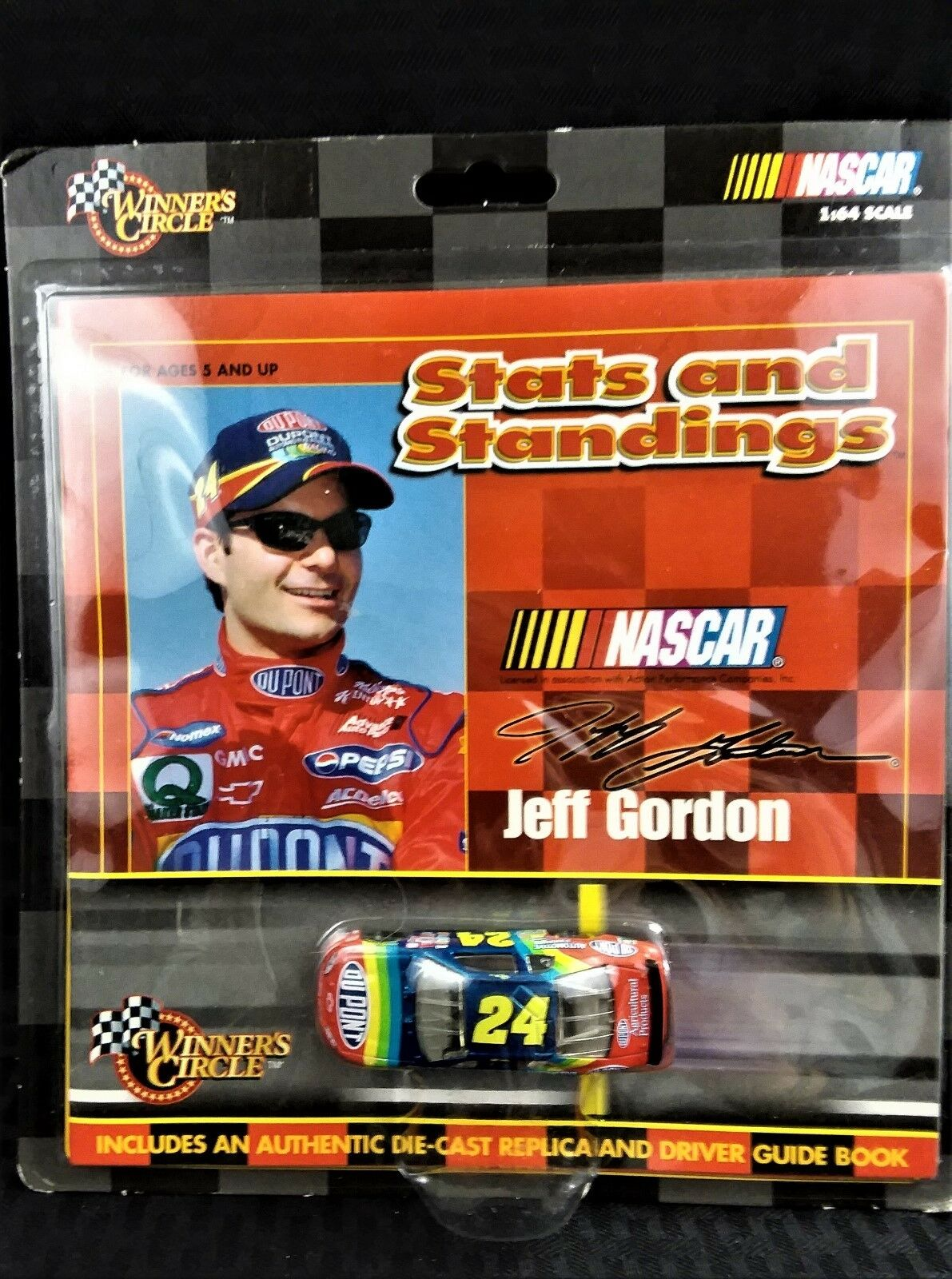 NEW NEW NEW HASBRO WINNER'S CIRCLE JEFF GORDON DIECAST CAR & GUIDE BOOK UNOPENED PKG 69bebc