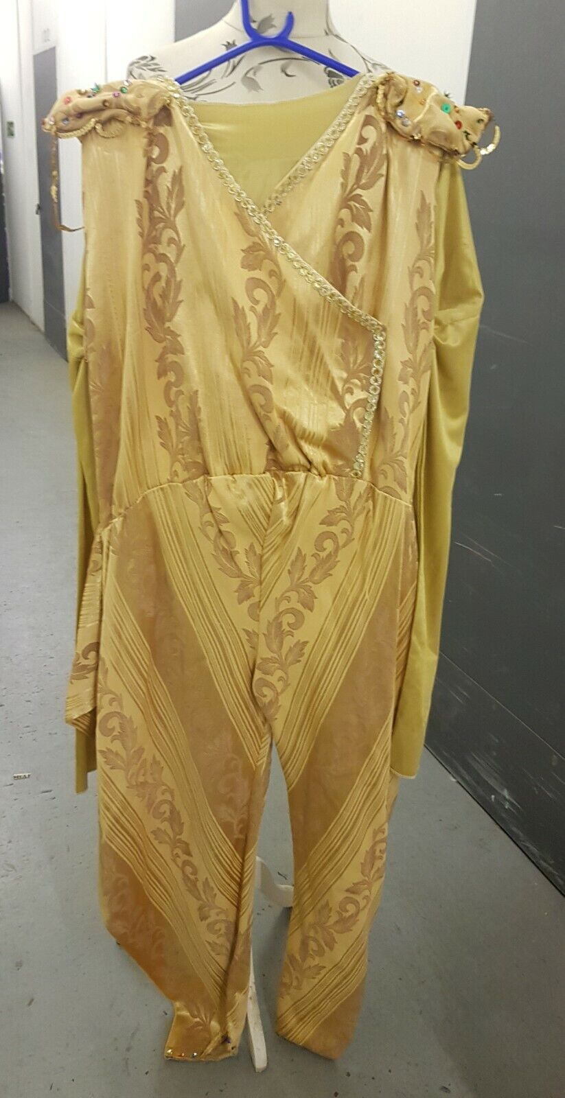 LARGE MALE GENIE OR DAME COSTUME FOR PANTOMIME/FAIRY TALE ALADDIN