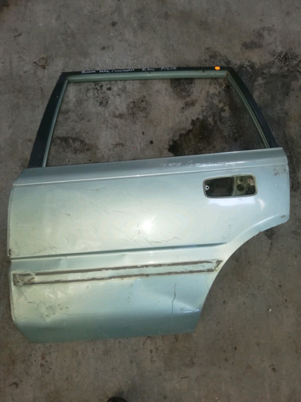 TOYOTA CONQUEST /TAZZ LEFT REAR DOOR FOR SALE R300