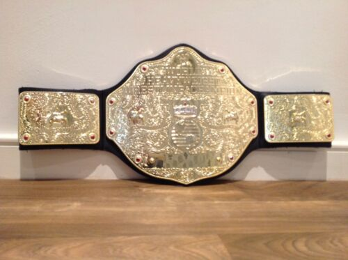 2010 MATTEL WWE WWF WORLD HEAVYWEIGHT ATTITUDE CHAMPION WRESTLING BELT KID TOY