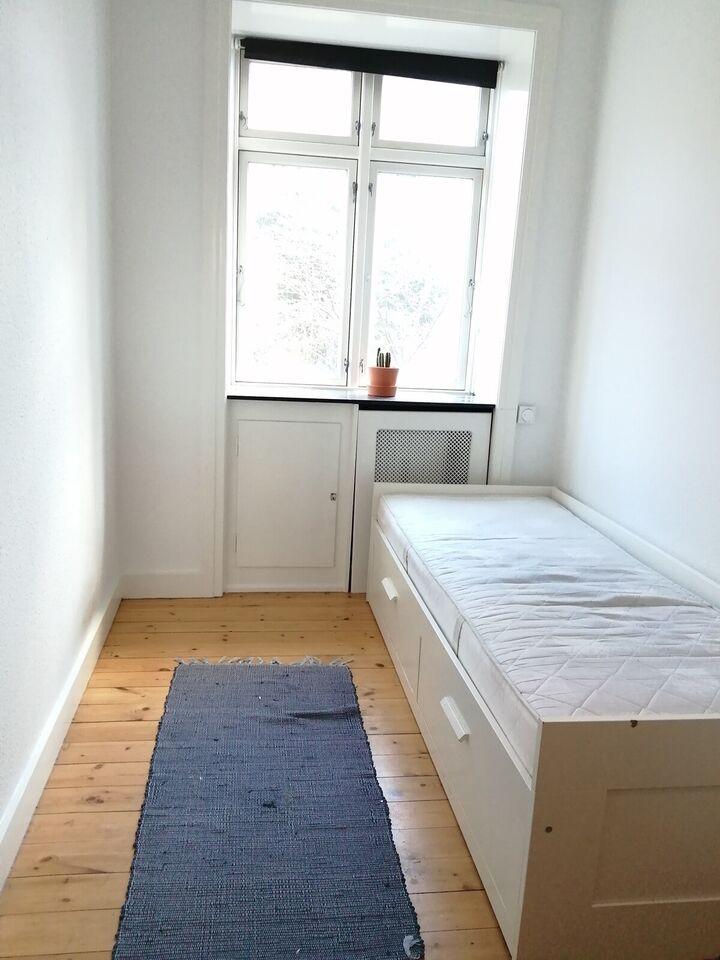 2000 værelse, 6 kvm, lejeperiode 2-6 måneder