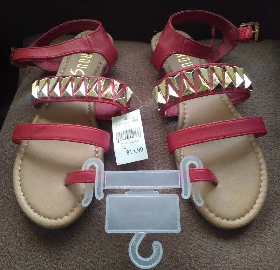 New Rouge U.S. Helium Red T-Strap Toe Loop Sandals U.S. Rouge Size 5 1/2 944349