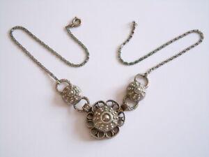 Alte Kette,collier,trachtenkette Blütenanhänger Versilbertes Messing?14,3 G/41cm Hitze Und Durst Lindern.
