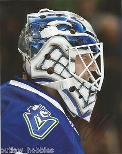 Vancouver-Canucks-Jacob-Markstrom-Signed-Autographed-8x10-NHL-Photo-COA-C